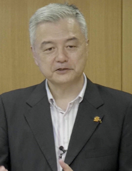 篠塚 恭一